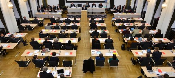 Ratssitzung mit Vereidigung und Antrittsrede des Oberbürgermeisters Thomas Eiskirch am 21.10.2015. +++ Foto: Lutz Leitmann / Stadt Bochum, Presseamt